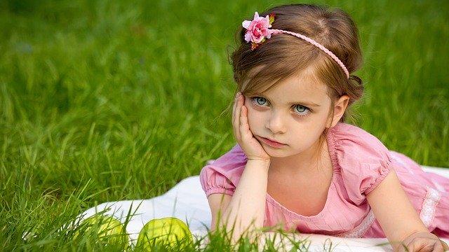 Dcera, dívka, dětství.jpg
